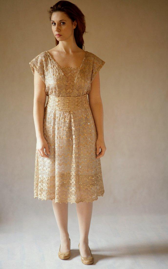 1fdcba13aa Sukienka koronkowa złoto - Ubrania - DecoBazaar