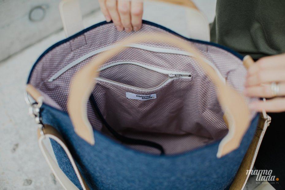 23aa39233a876 torebka filcowa INDYGO z uchwytami do ręki i paskiem na skos ...
