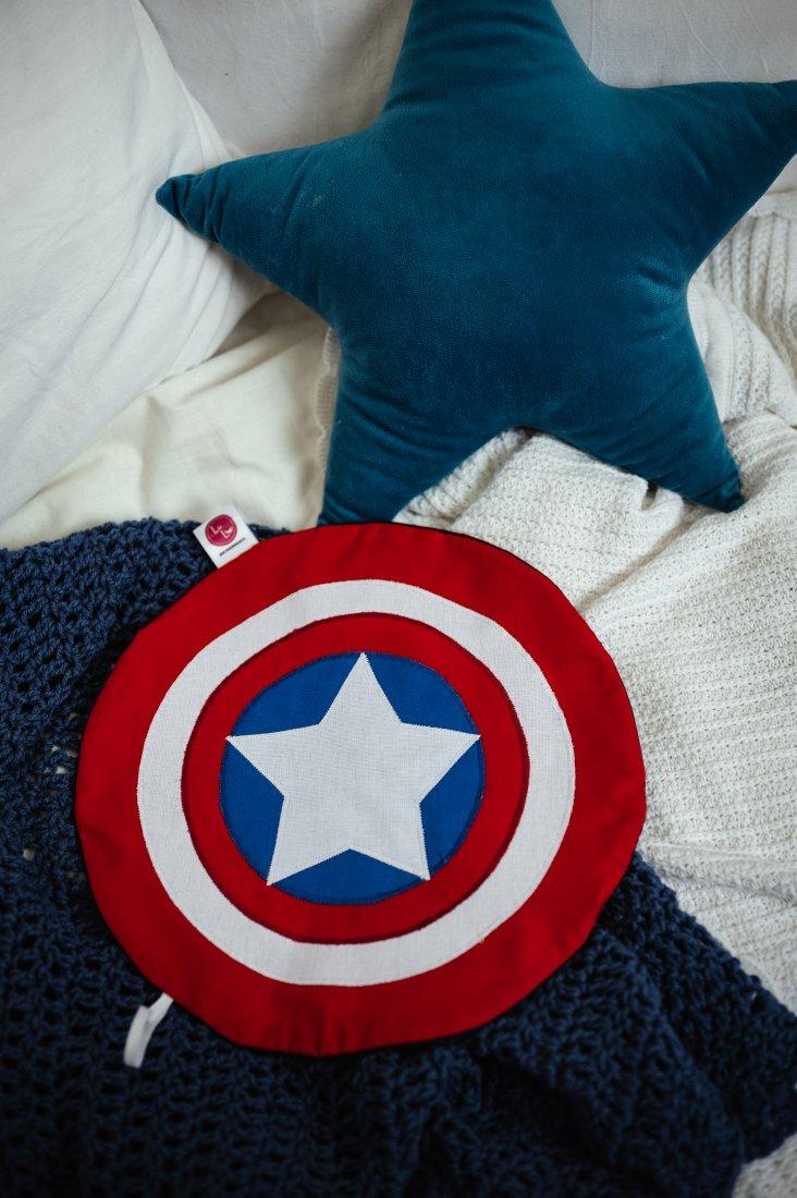 87346bacadcf99 Pożeracz piżamy - tarcza Kapitan Ameryka - Dziecko - DecoBazaar