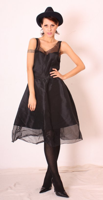 Sukienka Karl Lagerfeld dla H&M