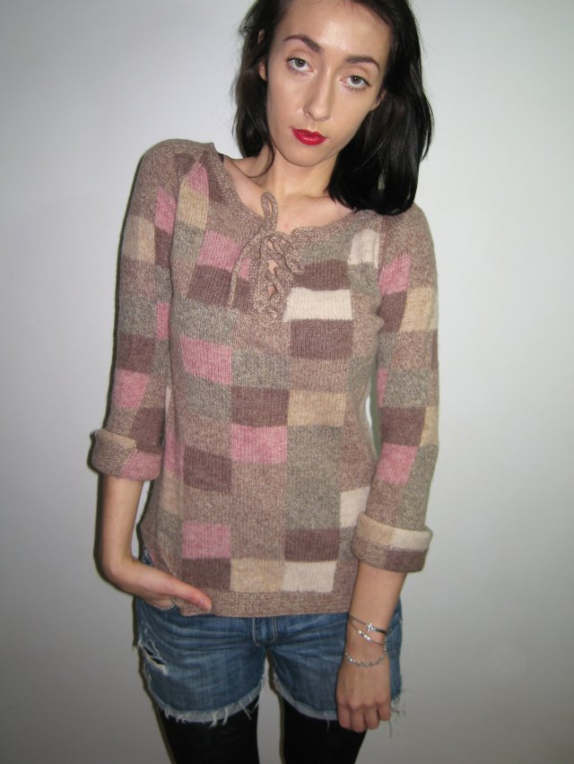 SWETER PIKSELE PASTELE S 36
