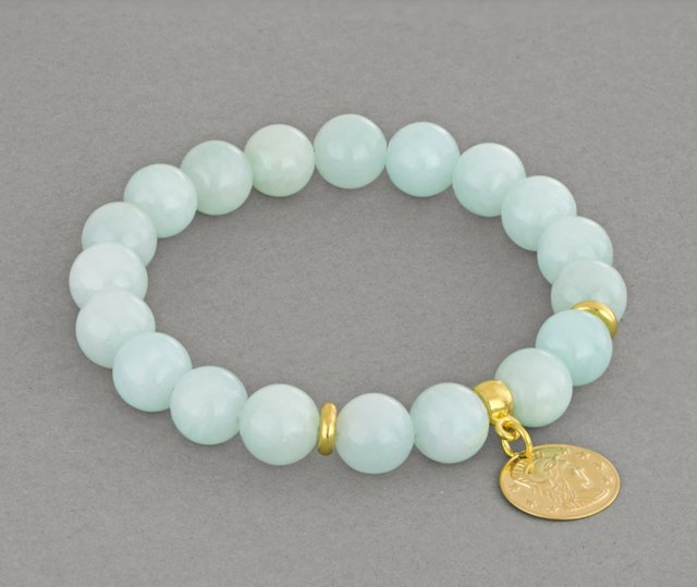 Mint jade with coin.