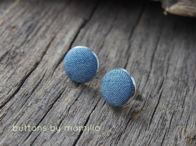 buttons by momilio