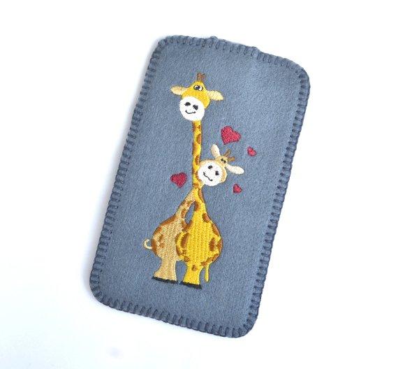 Etui na smartfon - żyrafy