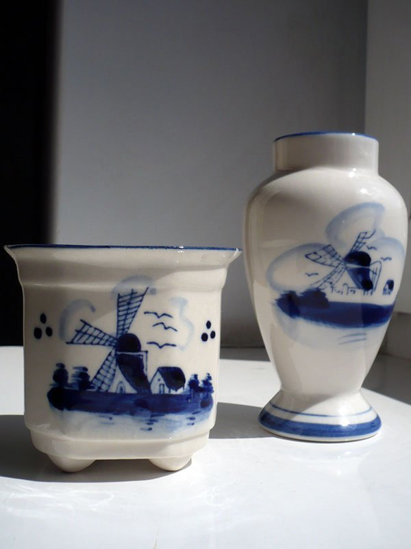 DELFT BLUECOLOUR