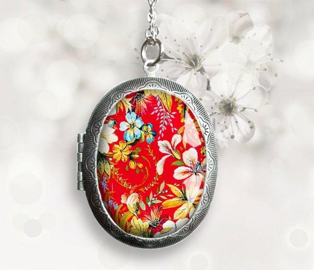 Japoński ogród duży medalion sekretnik unikatowy z grafiką w szkle