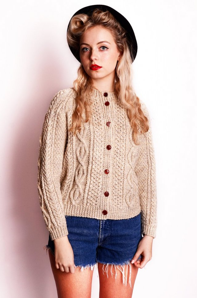 Hand knitted wool S/M