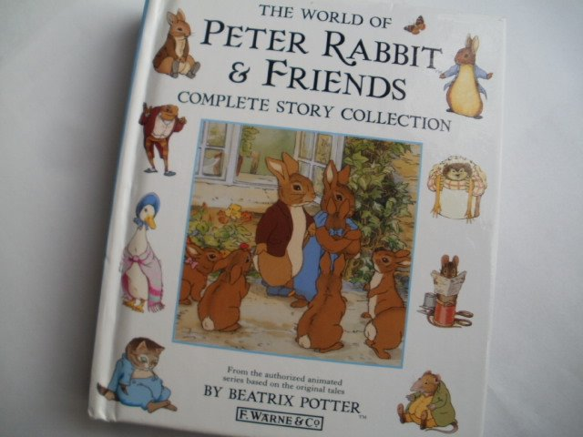 the world of Beatrix Potter Peter Rabbit  & friends complete story collection f. Warne & Co 1999 270 stron