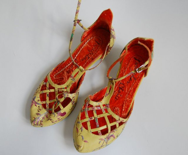 IRREGULAR CHOICE BAROKOWE 37