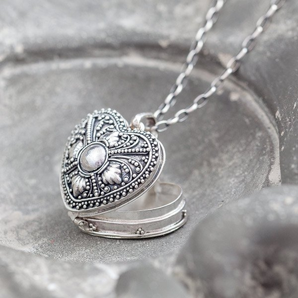 sekretnik serce - srebrny wisior