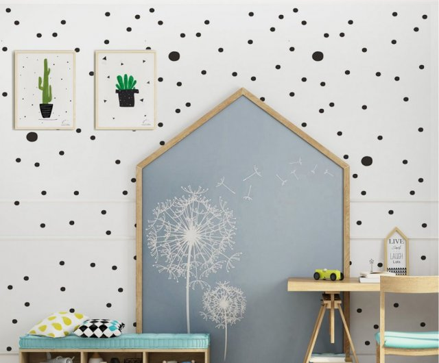 TAPETA BLACK DOTS