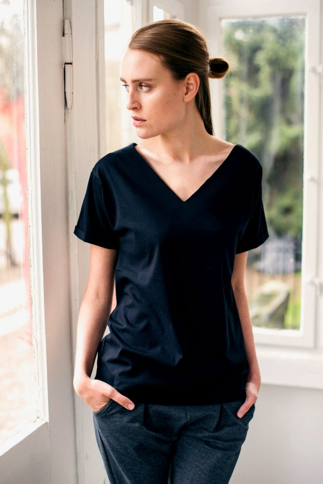 VALLEY BLACK Oversize T-shirt