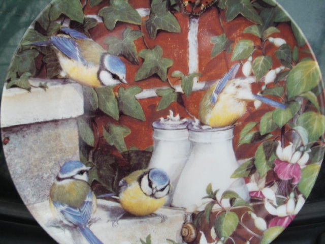 coalport garden visitors - top of the morning by Barbara Mitchell  kolekcjonerski talerz porcelanowy