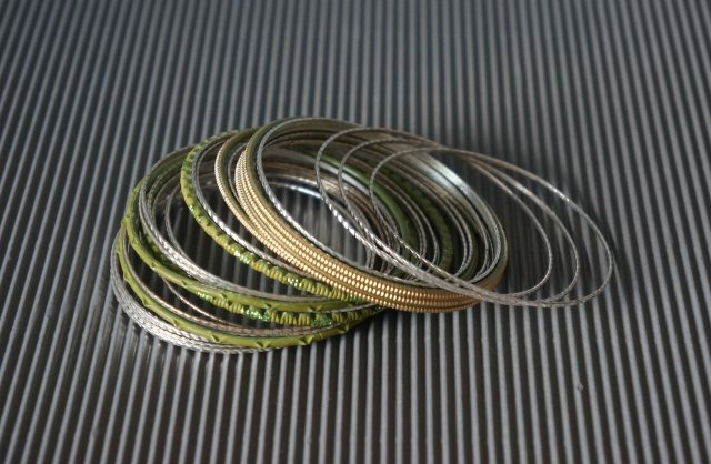 341bc70f0e7853 Bransoletki metalowe - Biżuteria vintage - DecoBazaar