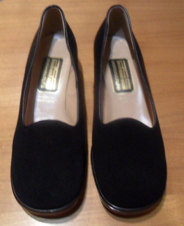 Buty vintage nowe i używane w DecoBazaar