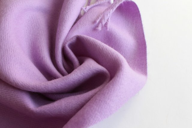 EXCLUSIVE 100% cashmere SCARF