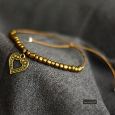 GOLD-HEART BOHO FOLK