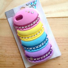 Etui iPhone 5C 5S Kary Perry Claire's makaroniki