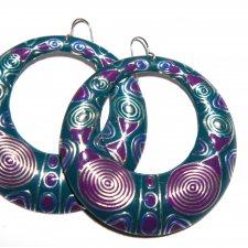 Violet rings