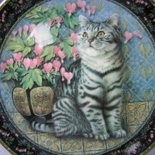 "Royal Doulton 2000 Ivory Cats "" Cats on Minton Tiles"""