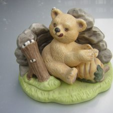 "Franklin 1984                     Woodland Surprises ""BEAR""  Hand Painted"