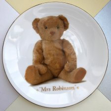 Limited edition ❀ڿڰۣ❀ ROYAL WORCESTER ❀ڿڰۣ❀  Mrs.Robinson ❀ڿڰۣ❀ Delikatna porcelana