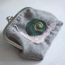Lazy Snail - mini purse