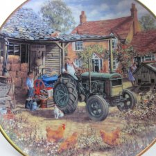 DANBURY MINT -   FORD TRACTORS -  OFF TO WORK  - 1943 FORDSON MODEL N  BY MICHAEL HERRING   kolekcjonerski talerz porcelanowy