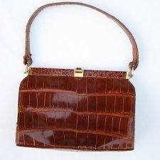 LUXURY VINTAGE HANDBAG