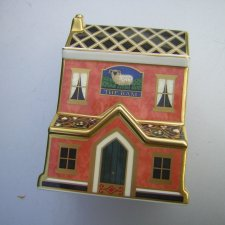 IMARI BAR Kolekcjonerski Royal Crown Derby Paper Weight 2002 The Ram Public House MMII