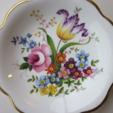 ABBEYDALE DUFFIELD DERBYSHIRE BONE CHINA MADE IN ENGLAND JAKOŚCIOWA KWIATOWA