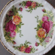 Royal Albert 1962 Old Country Roses