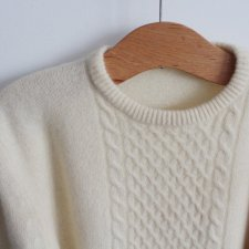 EXCLUSIVE lambswool angora sweater