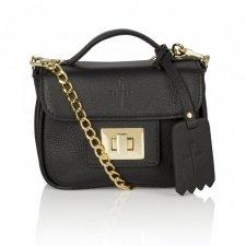 377485f6c8865 Skórzana czarna torebka kuferek elegancka złote dodatki