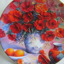 Scarlett  Serenade - WEDGWOOD - limited edition - MUSIC OF FLOWERS  COLLECTION - TRISHA HARDWICK  - COMPTON & WOODHOUSE 1996