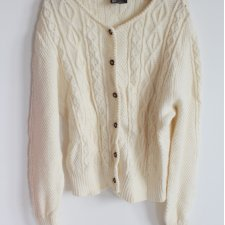 EXCLUSIVE wool cardigan