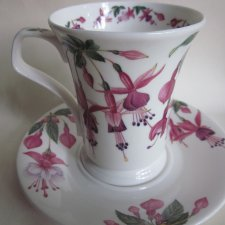 Dunoon FLOWER OF THE MONTH - AUGUST -FUCHSIA A DESIGN BY KATHY PICKLES FINE BONE CHINA   porcelanowy kubek ZE SPODKIEM - KOMPLET  jakość kolekcja