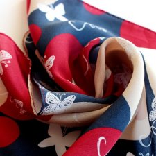 na prezent exclusive 100% Silk scarf