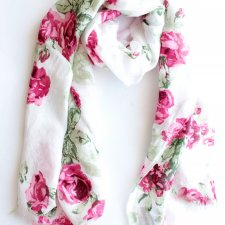 Exclusive roses scarf Christina Chiti