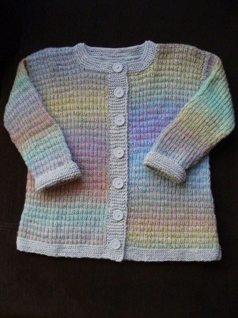 6777cfd036551e Wełniany sweterek