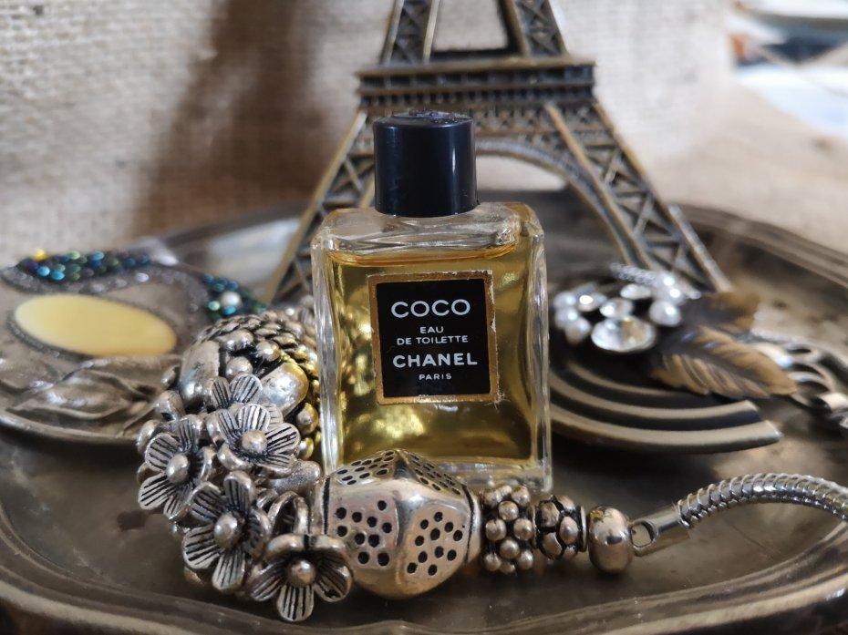 87cd6d5ae5d6f1 Coco Chanel Miniaturka - Dodatki vintage - DecoBazaar